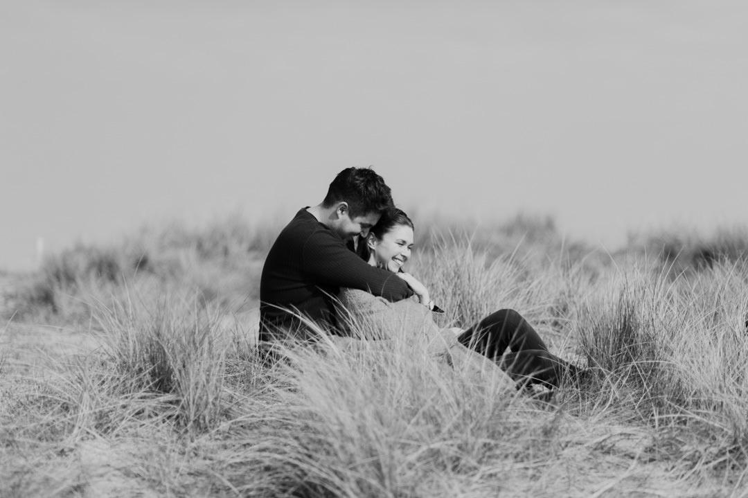 Dorset couples beach photo shoot